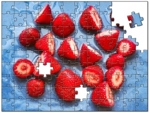 Create customized jigsaw puzzles from your photographs.
